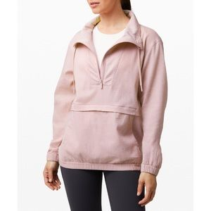 NWT Lululemon dusty rose pack light pullover 4
